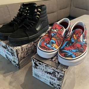 Vans Black panther and Spiderman for Sale in Miami, FL