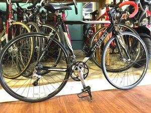Trek 1000 SL Road Bike Excellent Condition for Sale in Detroit, MI