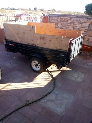 2003 utility trailer 5x8 has spare tire and title like new asking 675.00 for Sale in Somerton, AZ