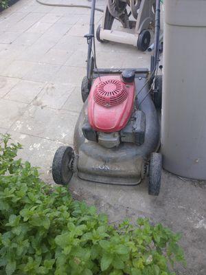 honda lawn mower for Sale in Long Beach, CA