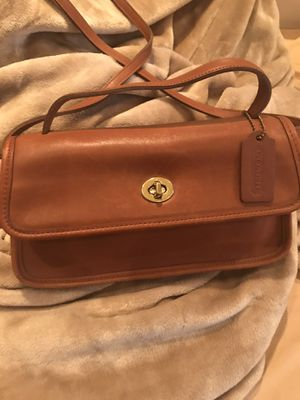 Coach Authentic Leather Vintage Handbag for Sale in Woodbridge, VA