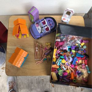 Box Of Polly Pockets + Clothes / Accessories for Sale in West Palm Beach, FL