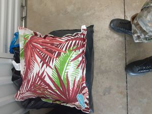 Out door throw cushions for Sale in Mableton, GA