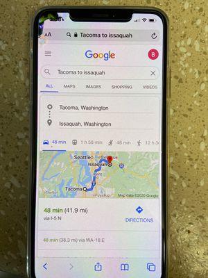 Cracked IPhone XS Max Verizon Unlocked 64GB Gold for Sale in Lakewood, WA