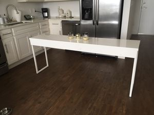 White Gloss Console table for Sale in West Palm Beach, FL