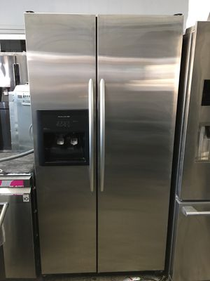 Kitchen aid counter depth side by side refrigerator for Sale in Santa Ana, CA