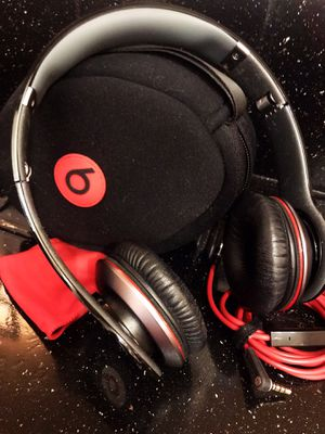 Monster Beats by Dre (like NEW) for Sale in Los Angeles, CA