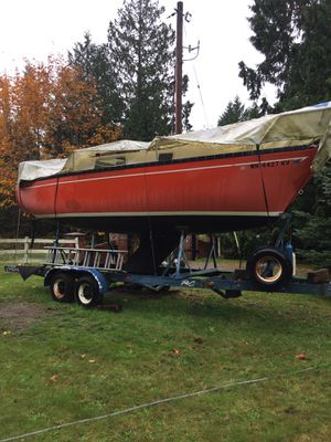 26 foot 1977 San Juan sailboat and trailer. Has a small one cylinder diesel inboard. 2 sails. selling as is for Sale in Mill Creek, WA
