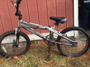 20in CHROME MONGOOSE BMX FREESTYLE BIKE for Sale in Portsmouth, VA