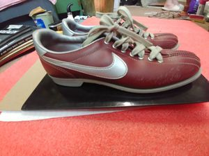 Bowling shoes for Sale in Arlington, TX