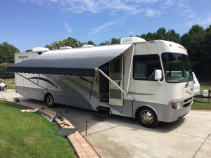2004 four winds windsport whit a slide out for Sale in Duluth, GA