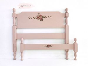 Pink Twin Size Bed for Sale in Mansfield, OH