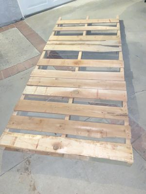 Pallet for Sale in Yorba Linda, CA