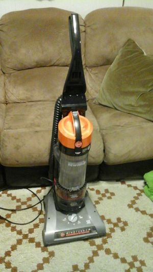 Hoover Windtunnel rewind vacuum pet 12 amps for Sale in Chicago, IL