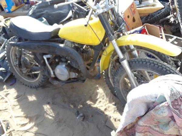 1971 suzuki 250cc 2 stroke