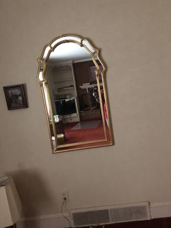 Accent Wall mirror for Sale in Raleigh,  NC