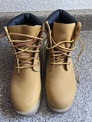 Woman's size 7 boots for Sale in Chandler, AZ
