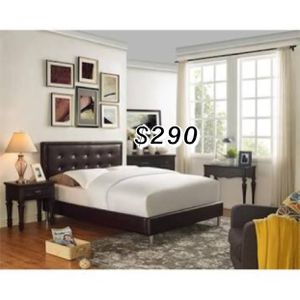 QUEEN BED FRAME WITH MATTRESS for Sale in Gardena, CA
