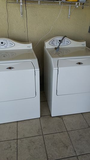 Washer and dryer for Sale in TWN N CNTRY, FL