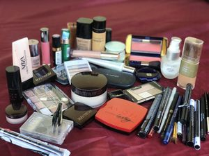 Make up for Sale in Lake Worth, FL