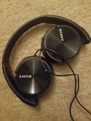 Sony Noise Canceling Headphones for Sale in Riverdale, GA