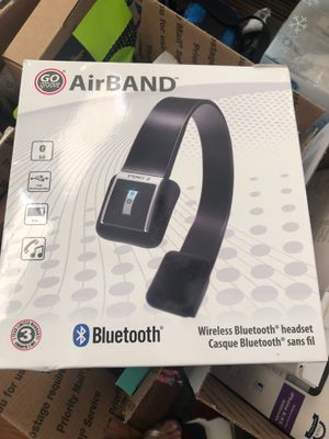 Wireless Bluetooth headset go groove USB rechargeable nine hour battery connector phone for Sale in Redlands, CA