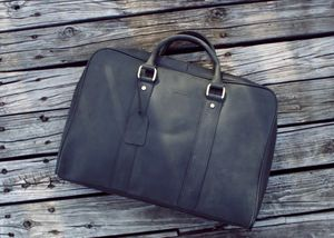Beautiful black leather briefcase messenger bag. for Sale in Brooklyn, NY