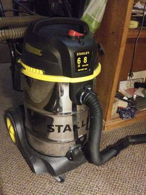 Chromed can vacuum for Sale in Fowler, CA