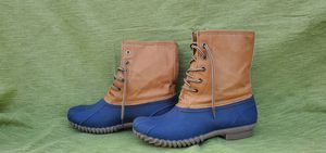 Blue Brand Navy Blue and Brown Duck Boots NWOT size 7 for Sale in Murfreesboro, TN