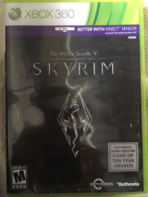 The Elder Scrolls V Skyrim Xbox 360 case game Manual for Sale in Chicago, IL