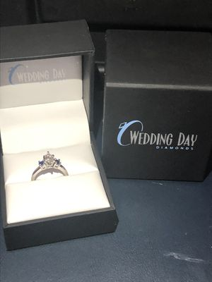 Engagement ring for Sale in Little Falls, MN