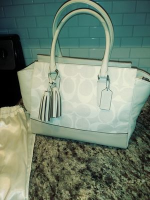 Brand new coach purse for Sale in St. Petersburg, FL