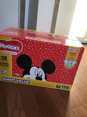 HUGGIES SIZE 4 156 pañales for Sale in Compton, CA