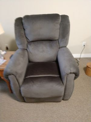 Catnapper Lift chair for Sale in Macedonia, OH