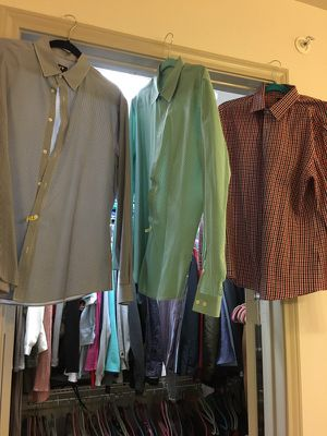 3 H&M slim fitted dress shirts all dry-cleaned. for Sale in Houston, TX