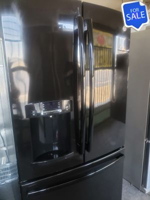 😍😍Refrigerator Fridge GE Free Delivery Ice and Water #1405😍😍 for Sale in Riverside, CA