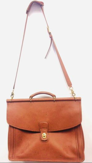 00000000Authentic Coach beekman brown leather briefcase messenger bag for Sale in Miami, FL
