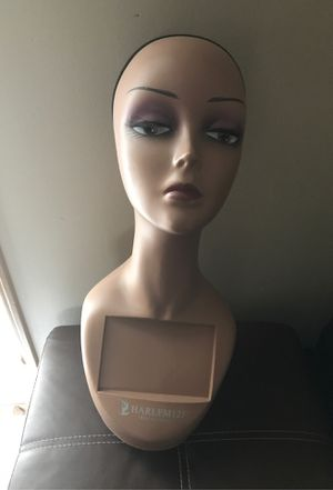 Mannequin for hair stylist 💇♀️ for Sale in Lincoln, NE