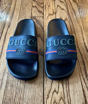 Gucci Unisex Slides; 42 for Sale in Cleveland, OH