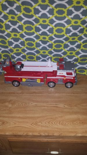 Kids fire truck toy with extendable latter with lights and siren sounds for Sale in Waterloo, IA
