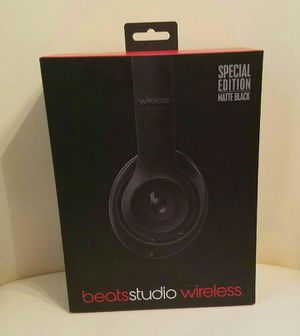 Beats studio wirelees for Sale in Tampa, FL