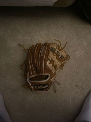 A2000 baseball glove for Sale in North Haven, CT