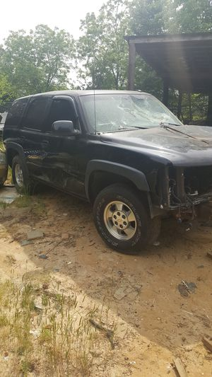 2002 Chevy Tahoe LT 4X4 for Sale in Benson, NC