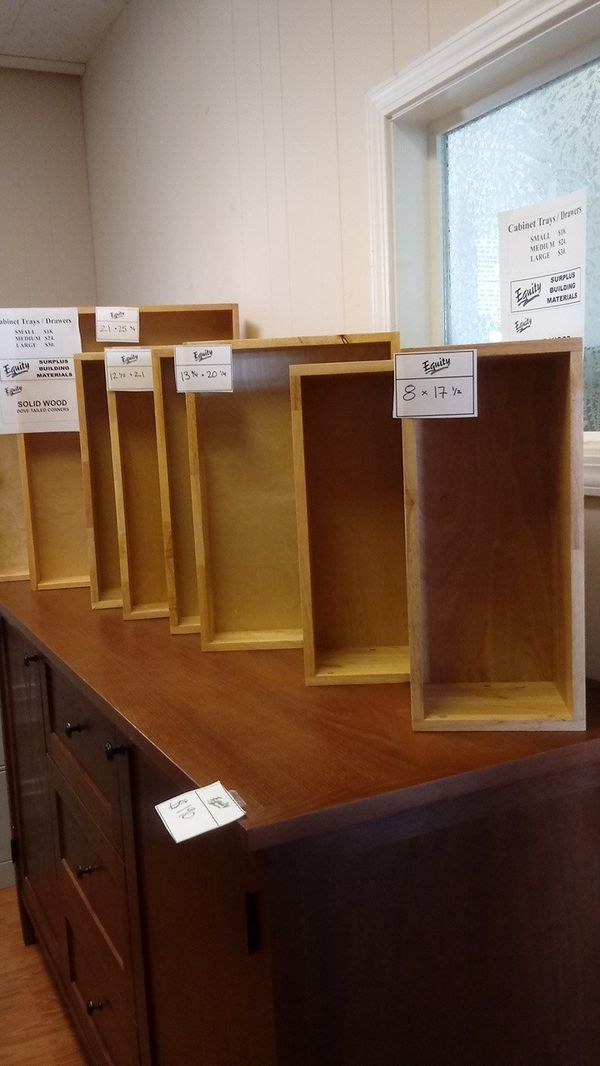 Cabinet Trays / Drawers
