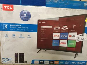 "32"" TCL Smart TV With Roku Remote for Sale in Sparks, GA"