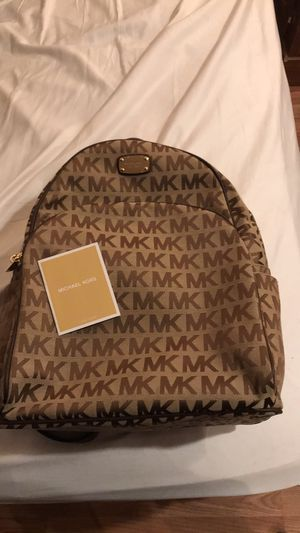 michael kors backpack for Sale in Cleveland, OH