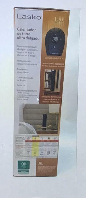 Lasko ultra slim ceramic heater for Sale in Columbus, OH