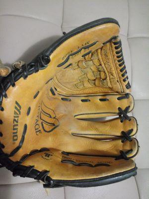 "Mizuno baseball mitt glove 12"" for Sale in Oakland, CA"