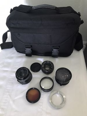 Vivitar, signa and Olympus cámara lens and carrying case size 7x11 all for $135 for Sale in Orlando, FL