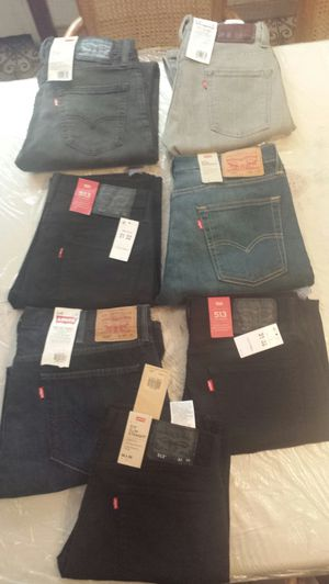 7 men's Levis for Sale in Brooklyn, NY